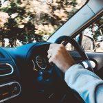 ペーパードライバーがレンタカーに乗る前に運転感覚を取り戻す方法!